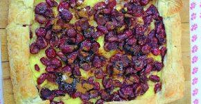 Cseresznyés - pudingos leveles süti