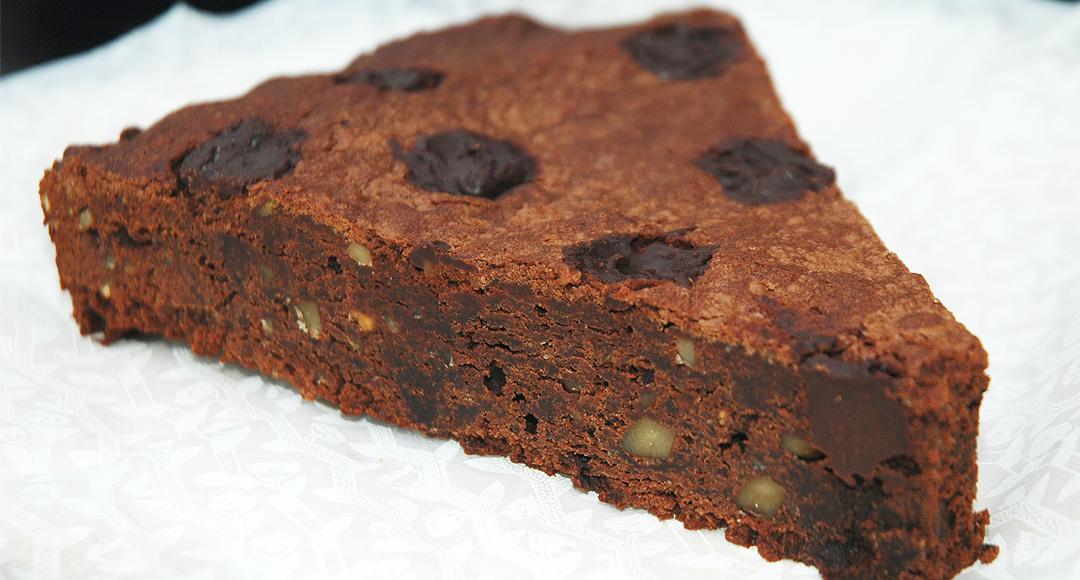 pöttyös brownie torta